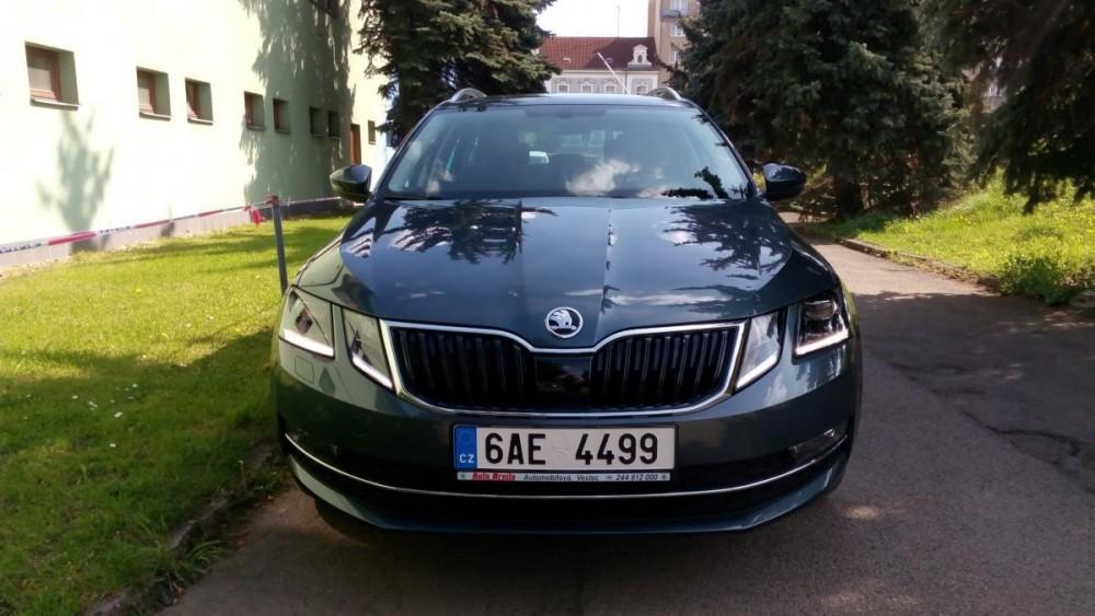 Vůz Škoda Octavia combi diesel business k pronájmu