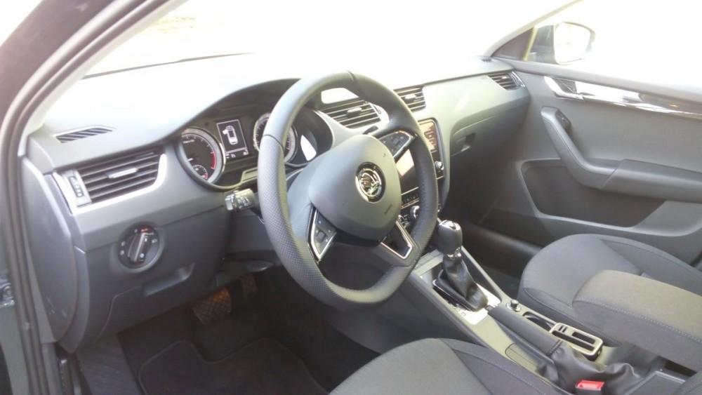 Interiér Škoda Octavia combi diesel business