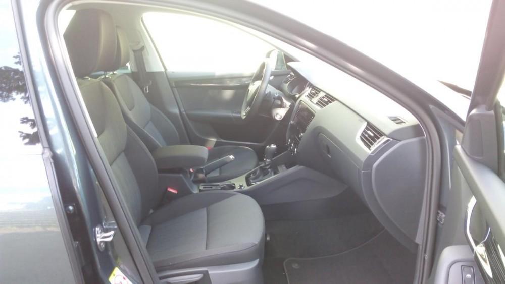 Přední sedačky Škoda Octavia combi diesel business