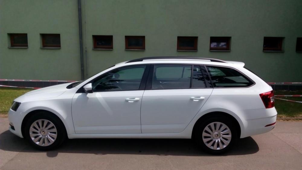 Vůz Škoda Octavia combi k pronájmu