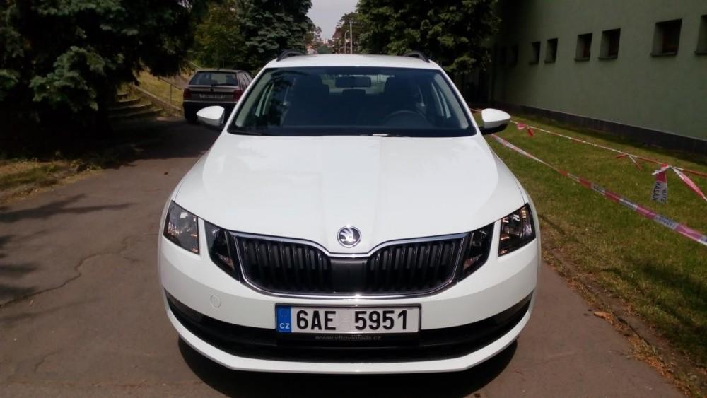 Vůz Škoda Octavia combi k pronajmutí