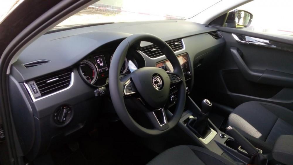 Přístrojová deska Škoda Octavia combi diesel business