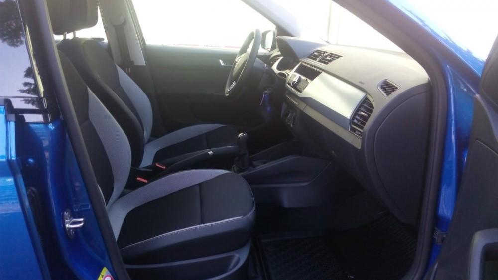 Přední sedačky Škoda Fabia