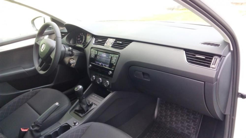 Přední sedačky Škoda Octavia diesel