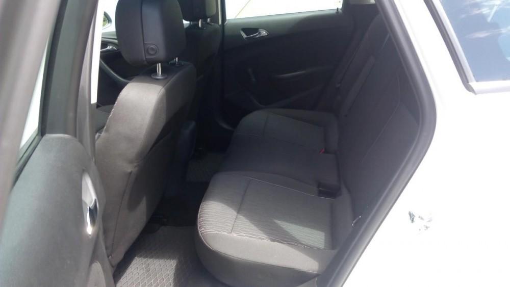 Zadní sedačky Opel Astra combi diesel