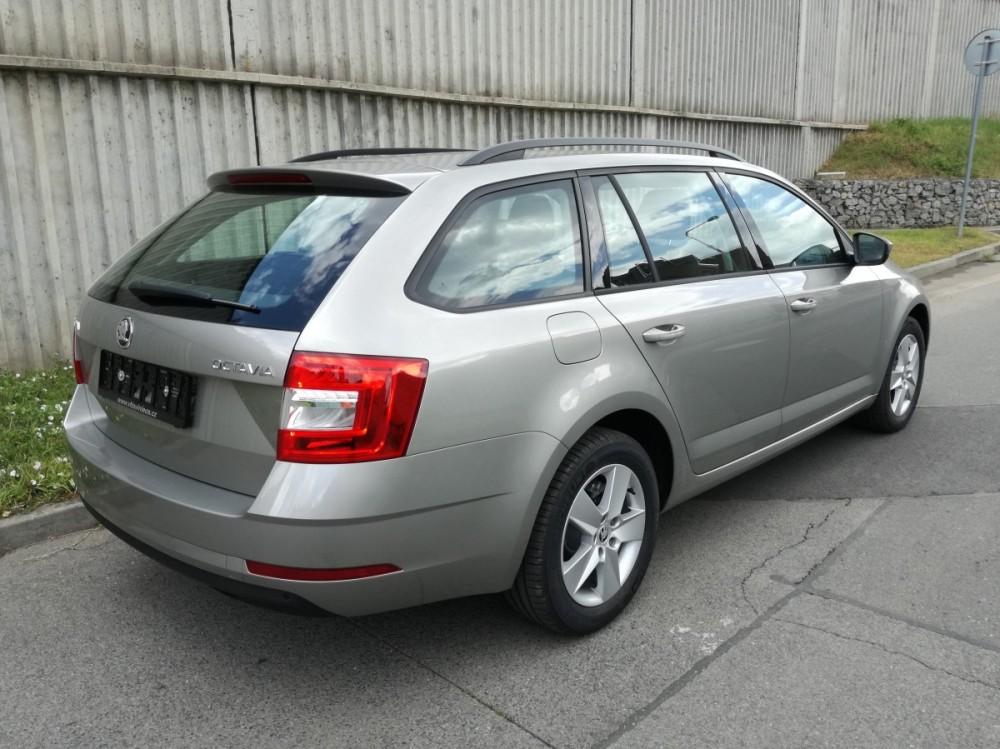Škoda Octavia combi comfort  č.4