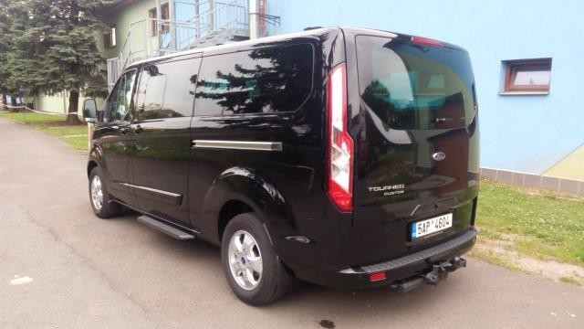 Vůz Ford Tourneo