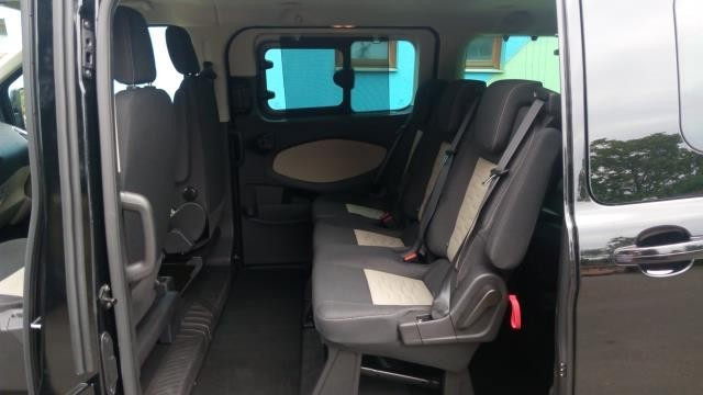 Ford Tourneo - interiér